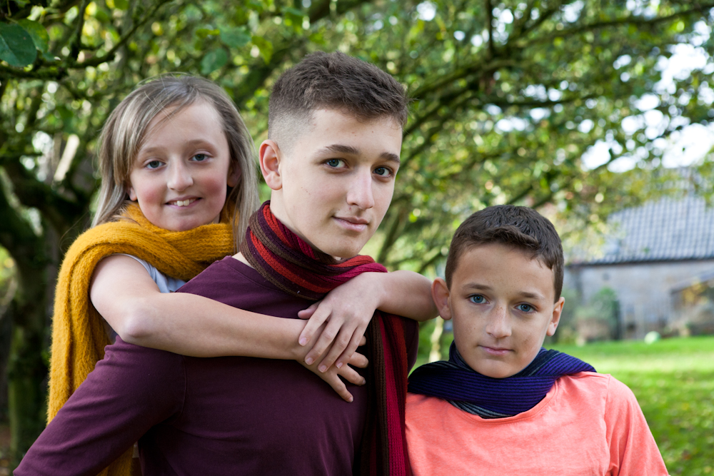 Teenage sibling photo shoot with autumnal colours a plenty!